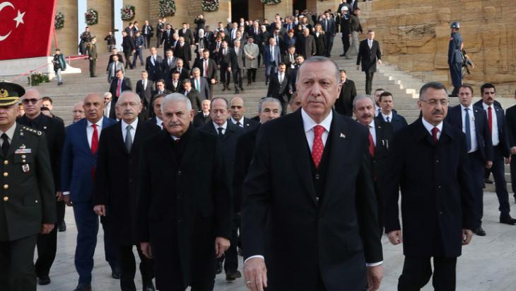 Извънредно: Ердоган съобщи за стрелба, взрив и много загинали и ранени!