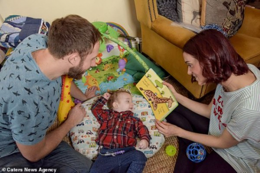 Лекари даваха само няколко минути живот на малко бебче, но се случи чудо (СНИМКИ)