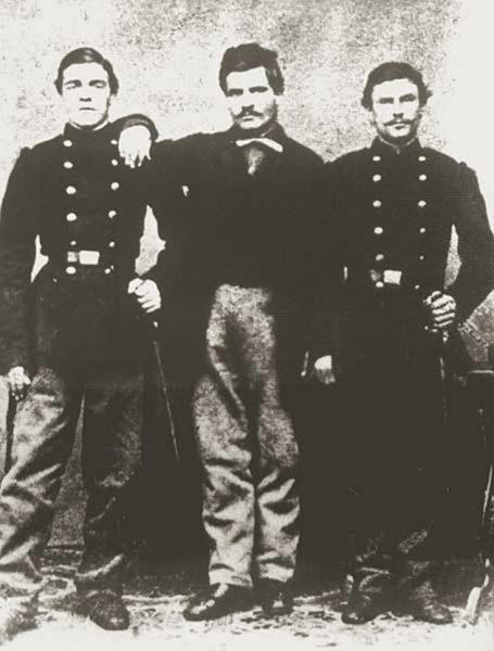 Неизвестна снимка на Левски