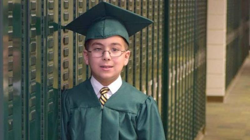 Всепризнат 10-годишен гений пусна бомбата