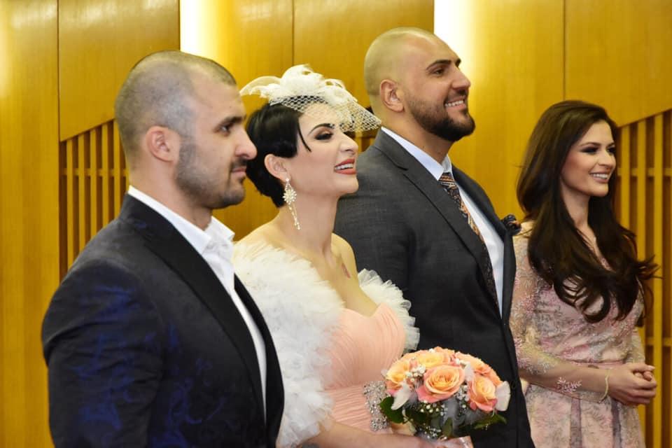 Софи Маринова се разведе официално